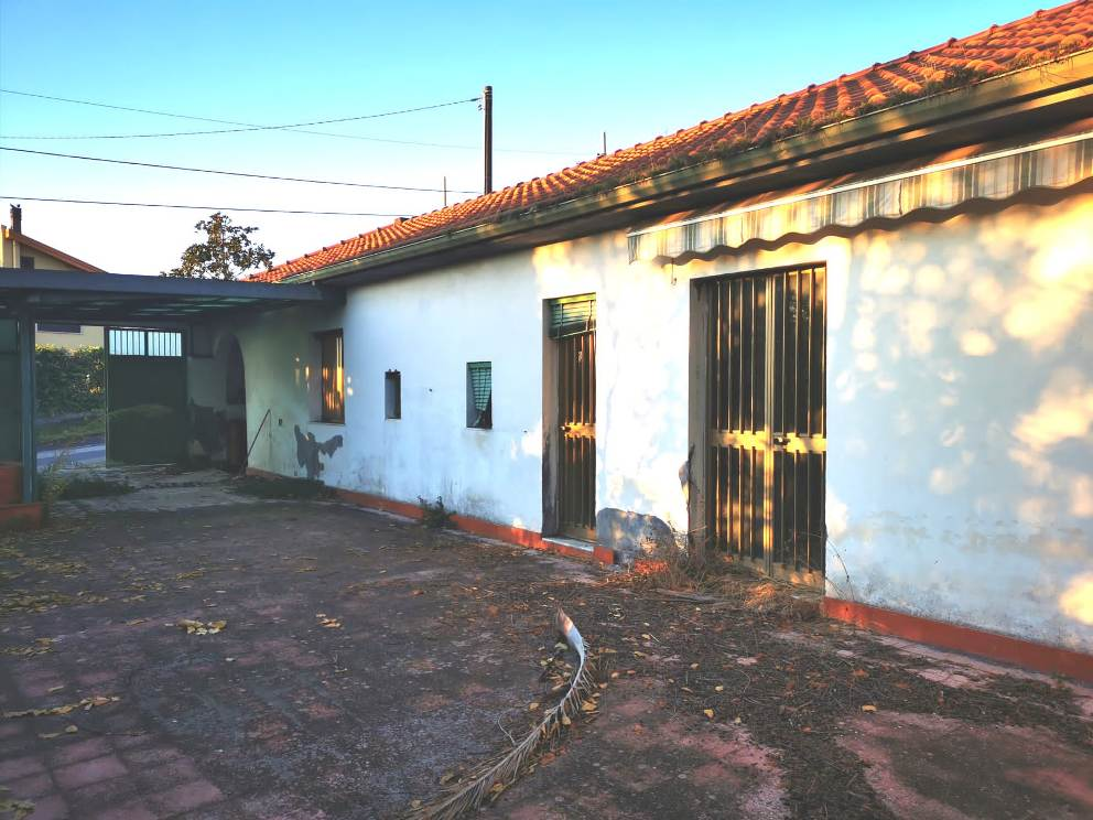 Casa indipendente  Via Del Bosco  Fleri  Zafferana Etnea
