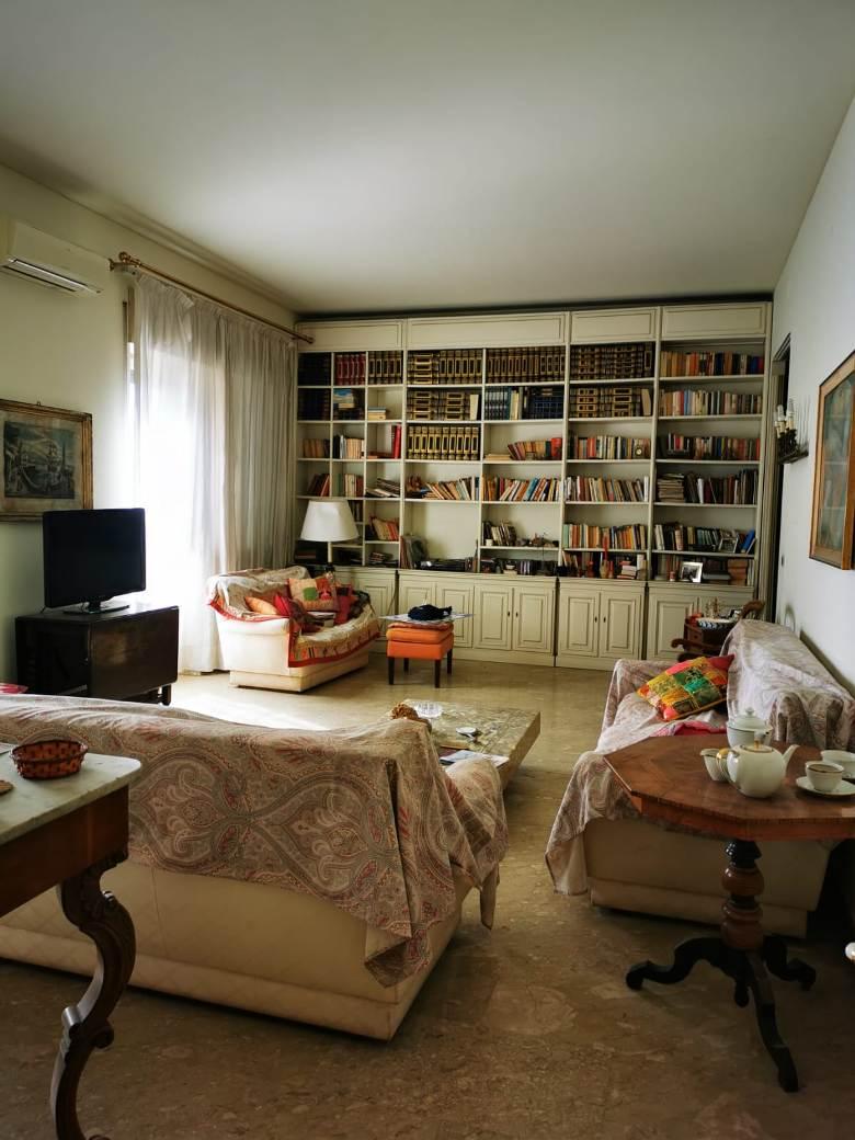 Appartamento 6 vani via D'Annunzio Catania